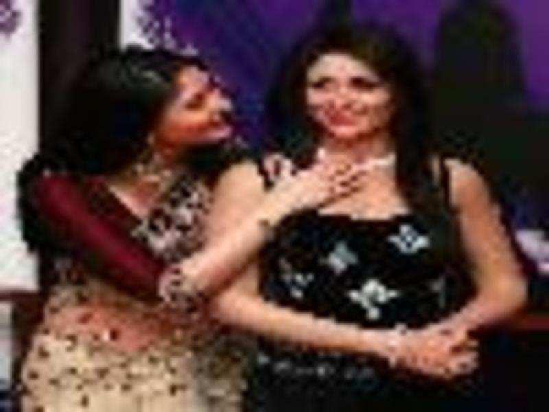 Kareena Kapoor: Saif said it looked hot!