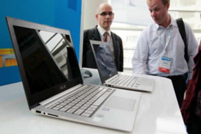 Intel's mission to get the computer industry to embrace its new ultrabook standard by the end of next year is hitting a roadblock: price.
