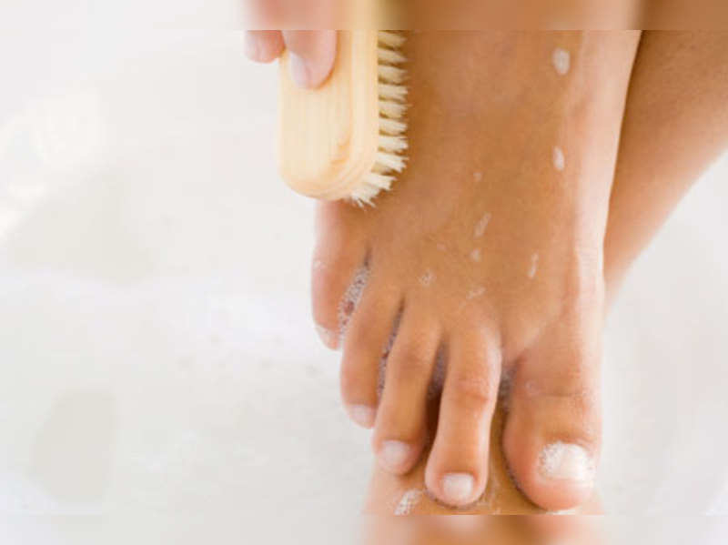 Pedicure at home in 5 easy steps