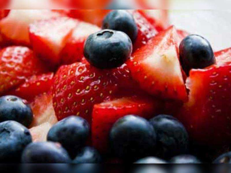 The right way to eat fruits