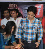 Tusshar, Emraan promote 'The Dirty Picture'