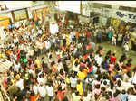 Mumbai's first flash mob at CST