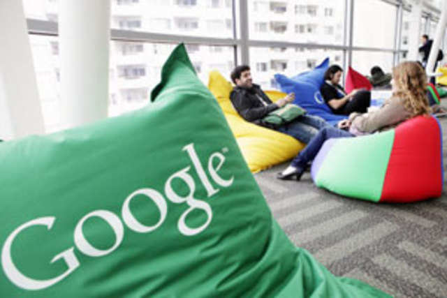 Internet search giant Google has acquired mobile application developer Clever Sense for an undisclosed amount.