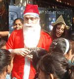 Shiney turns Santa