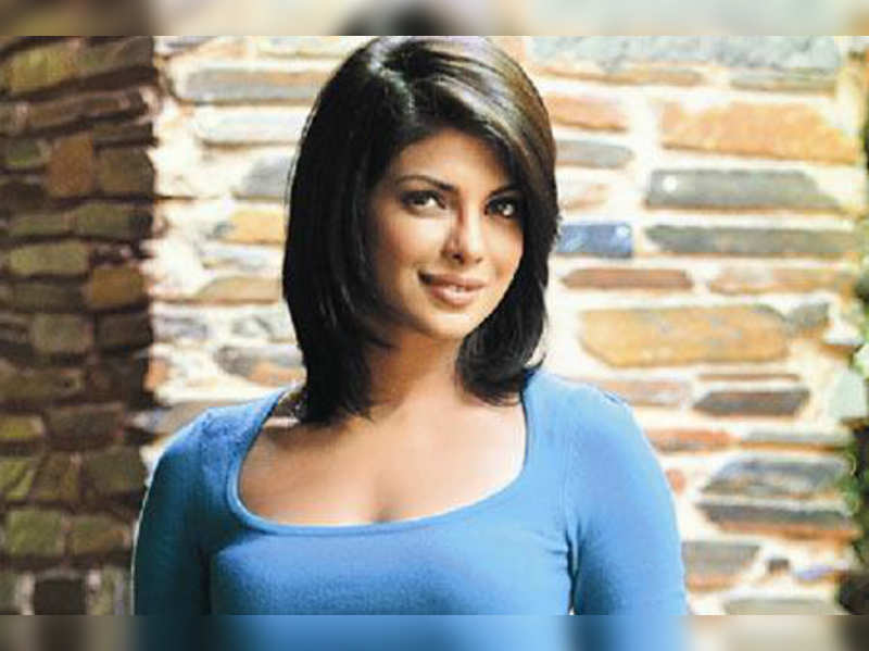 "Priyanka Chopra <a href=""//photogallery.indiatimes.com/celebs/indian-stars/priyanka-chopra/portfoliolist/3879133.cms"" target=""_blank"">More Pics</a>"