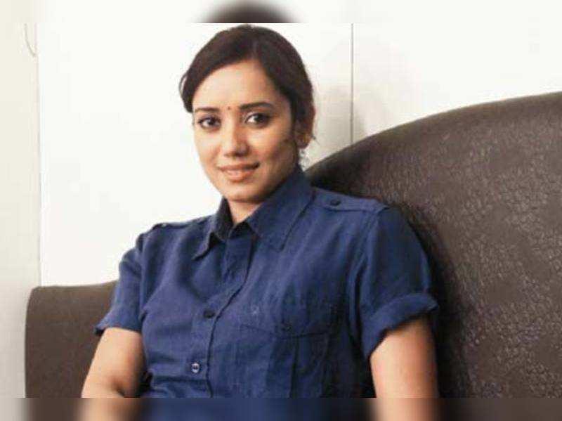 I am in love with writing: Shreya Narayan