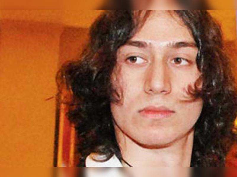Jackie Shroff's son Tiger in Aashiqui 2