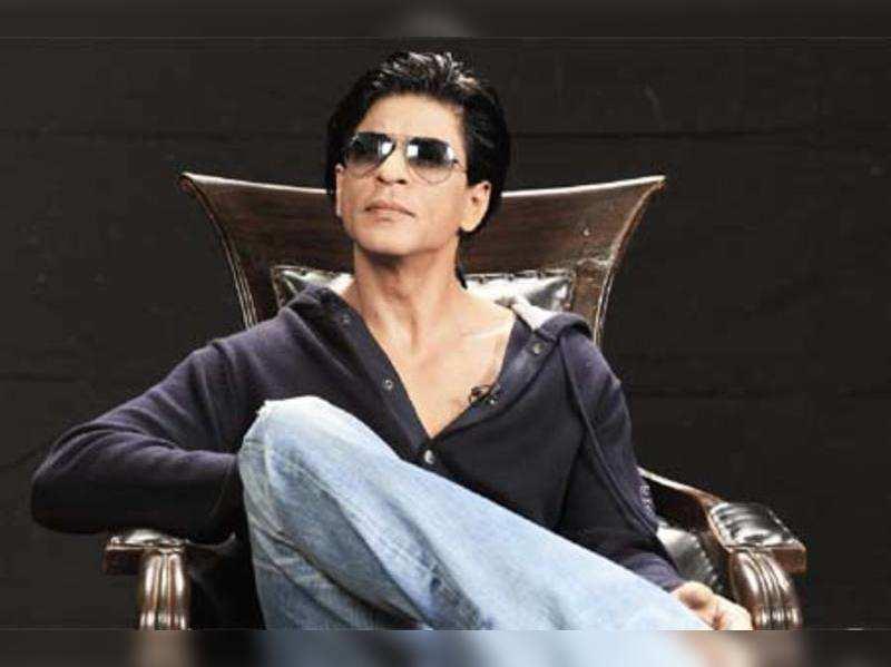 "Shah Rukh Khan <a href=""//photogallery.indiatimes.com/celebs/indian-stars/shah-rukh-khan/portfoliolist/3879030.cms"" target=""_blank"">More Pics</a>"