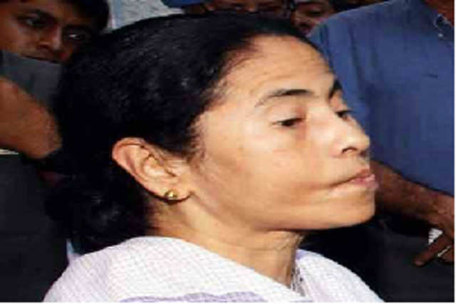 Describing the 'missile man' as a proud and distinguished son of India who continues to inspire all Indians, Mamata Banerjee said Kalam remains above narrow politics.