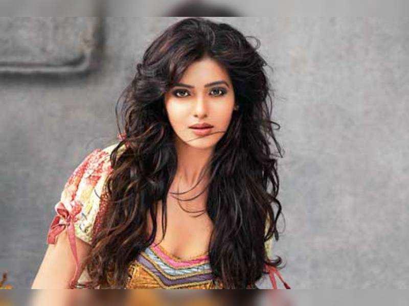 Samantha out of Shankar's film