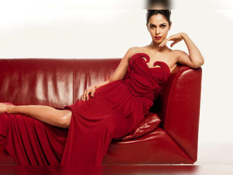 Mallika Sherawat to host gay bash