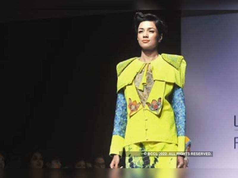 Tribal Fashion Casts Its Spell At Lfw Times Of India
