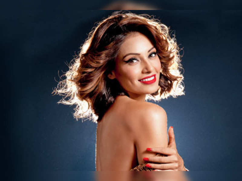 Actresses have lesser opportunities in Bollywood: Bipasha