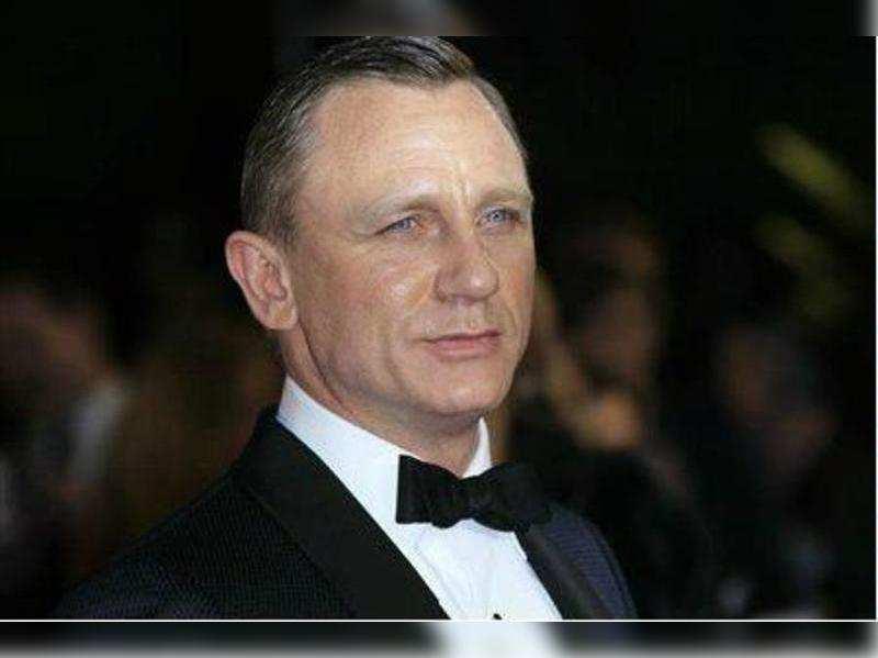 Bond was always a borderline alcoholic, says Craig