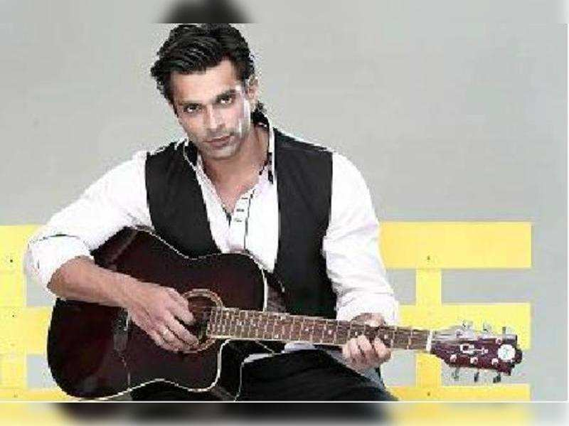 Karan singh Grover as Asad in Qubool Hai