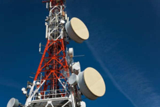 At present, telcos offer 2G mobile services in two different spectrum bands.