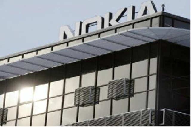 Finnish mobile phone manufacturer Nokia is in talks with its partners to develop a tablet that will help it take on market leader Apple's iPad.