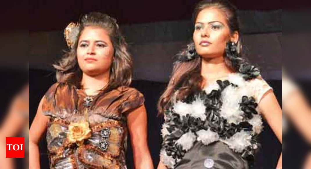 Students Of A Fashion Institute Organise A Fashion Show In Kanpur Events Movie News Times Of India