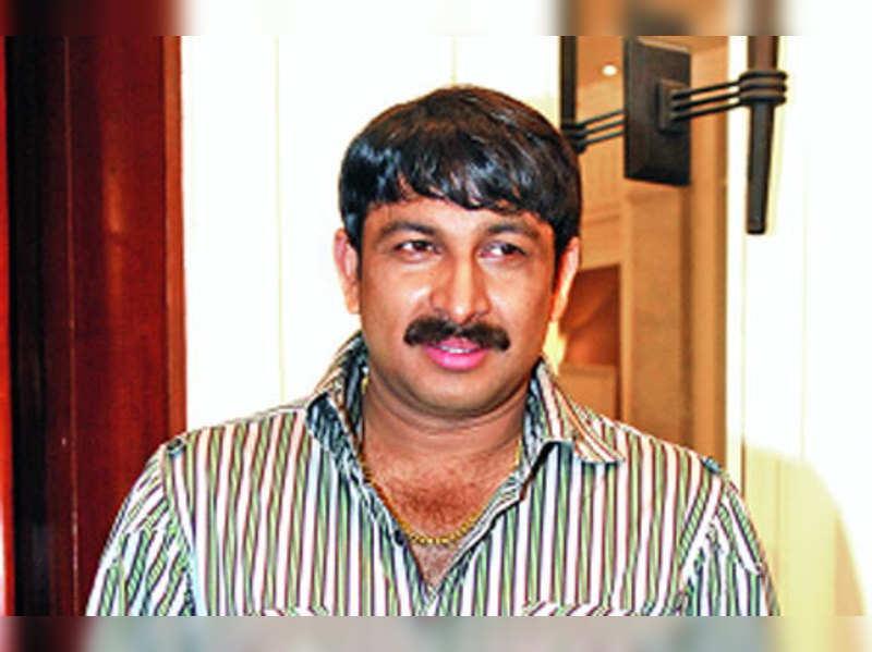 Bhojpuri films demand compromise: Manoj Tiwari