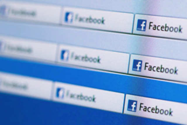 Facebook and other social networks may promote your self-esteem but they can also lower your self-control both on and offline, US researchers say.