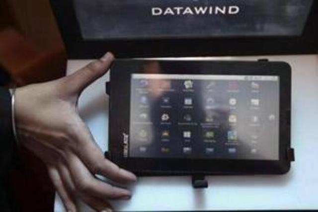 Government is keen to take Aakash tablet to the people at a cost of Rs 1,500 apiece, Telecom and IT minister Kapil Sibal said today.
