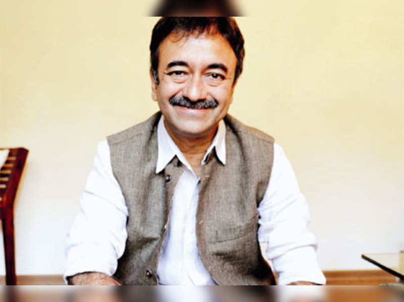 """Raju Hirani <a href=""""http://photogallery.indiatimes.com/movies/bollywood/on-the-sets-peekay/On-the-sets-of-Peekay/articleshow/18363245.cms"""" target=""""_blank"""">More Pics</a>"""