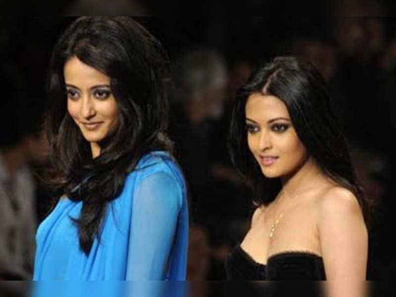 sisters: We are the best friends: Riya and Raima Sen | Hindi Movie News - Times of India