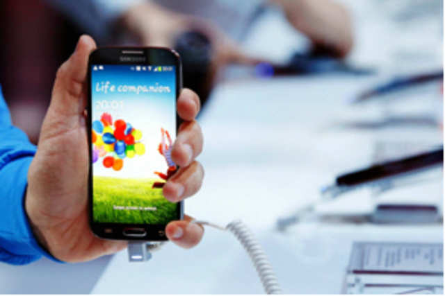 The Exynos 5410, the processor that powers Galaxy S4, may have eight cores but the phone will use only four at a time.
