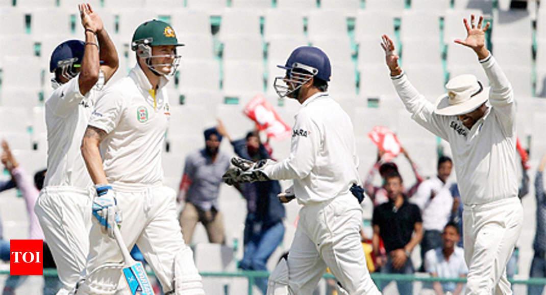 Ind vs Aus: Australia crumble after sound start in 3rd Test