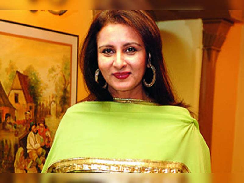 Poonam Dhillon pursuing MBA degree