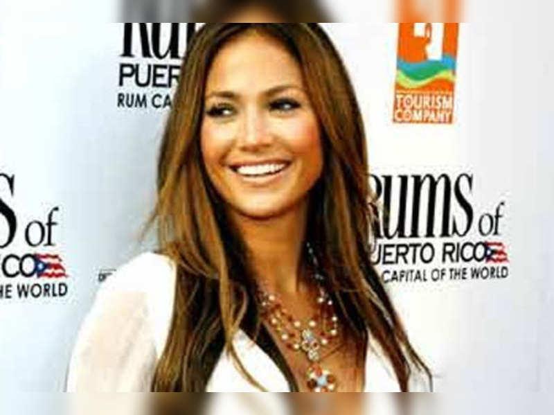 Jennifer Lopez miffed over leaked story