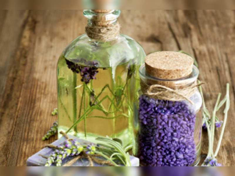 Get rid of your work stress with aromatherapy