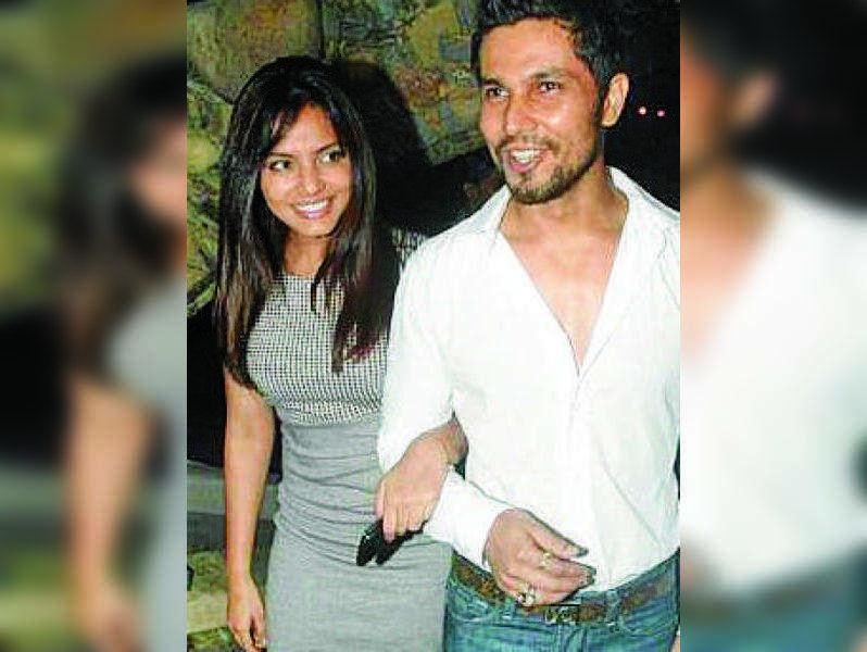 Neetu Chandra and Randeep Hooda split