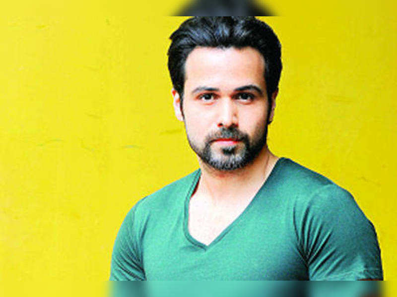 "Emraan Hashmi <a href=""http://photogallery.indiatimes.com/newversion/movies/bollywood/ghanchakkar/articleshow_v2/19190108.cms"" target=""_blank"">More Pics</a>"