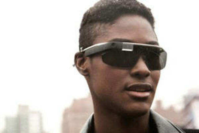 The search giant has broken the suspense over the hardware of its upcoming Google Glass.