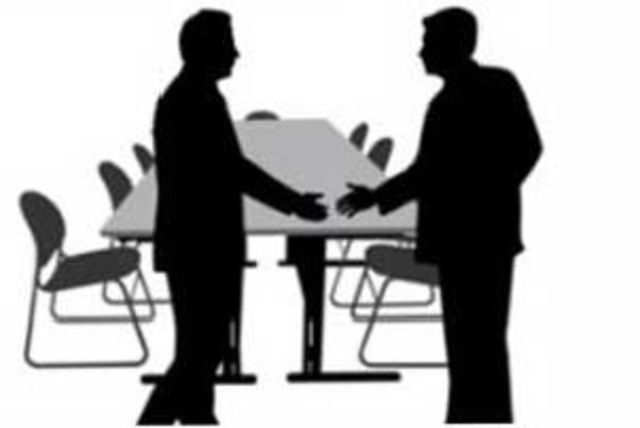 Infibeam is in a rush to grow its human resource four times to attend to the increasing volumes.