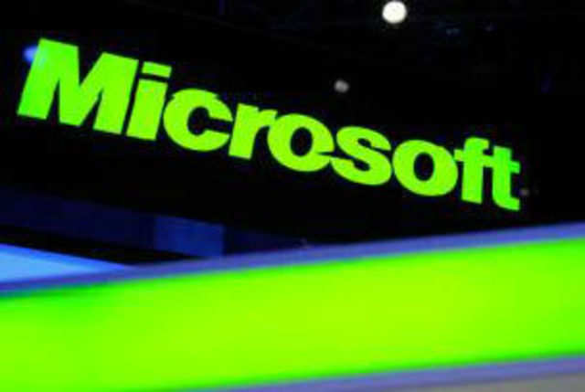 Microsoft has said companies that fail to migrate from Windows XP to Windows 7 or 8 could end up spending over three times the support costs.