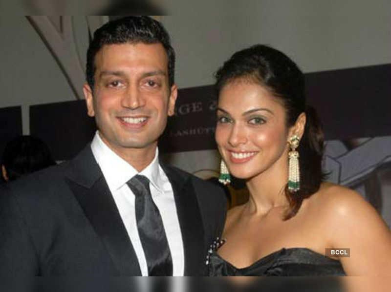 A platinum love story: Isha Koppikar & Timmy Narang