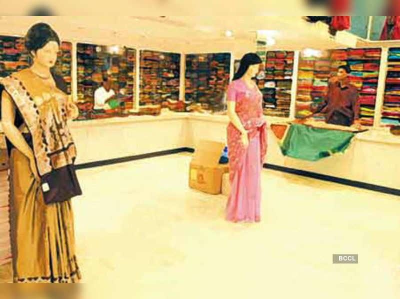 Delhi Brides Strategy Designer Lehenga At Local Price Times Of India