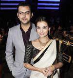 Dia, Sahil to marry next year!