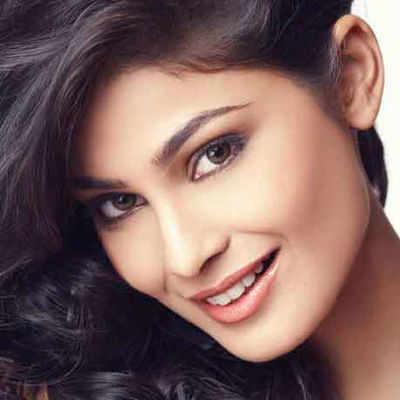 Miss India Universe 2007 Puja Gupta