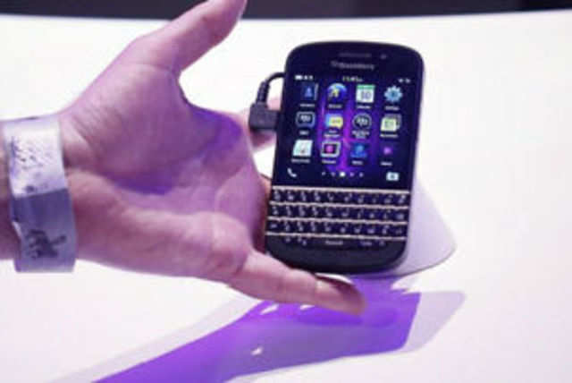 Q10 looks like a phone for BlackBerry faithfuls, and anyone else who finds using a touchscreen device jarring and uncomfortable.