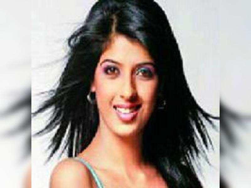 Aishwarya Sakhuja's trouble with romantic scenes
