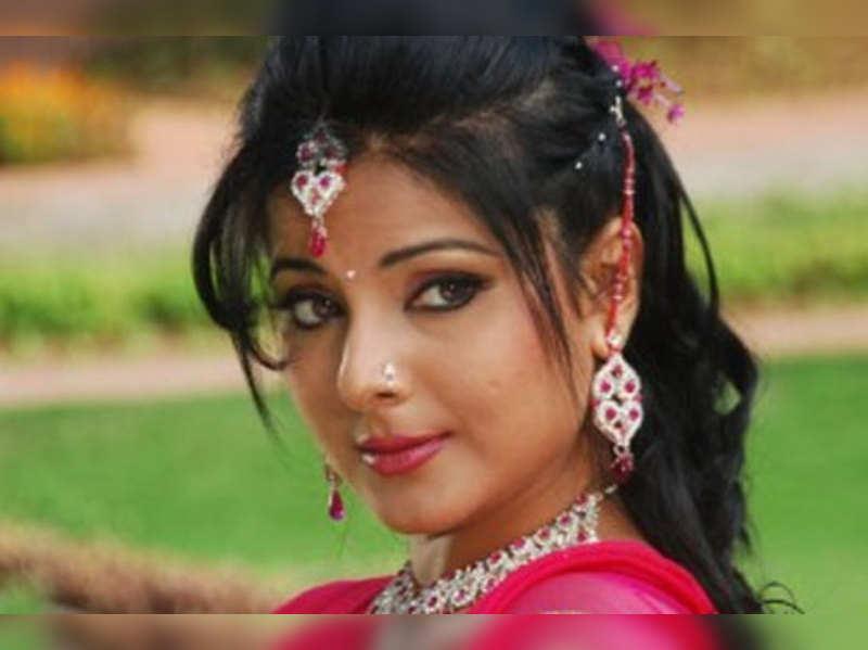 Smriti Sinha's double dhamaal