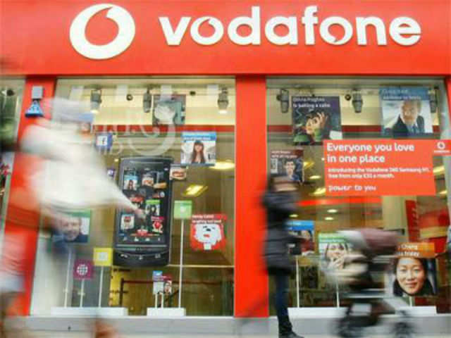The national auditor has come down heavily on the DoT for providing 'undue benefit' of Rs 187 crore to Vodafone.