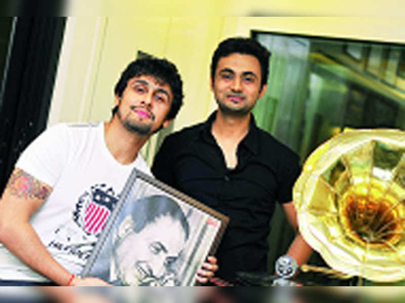 Sonu Nigam talks his heart out about his idol Md. Rafi