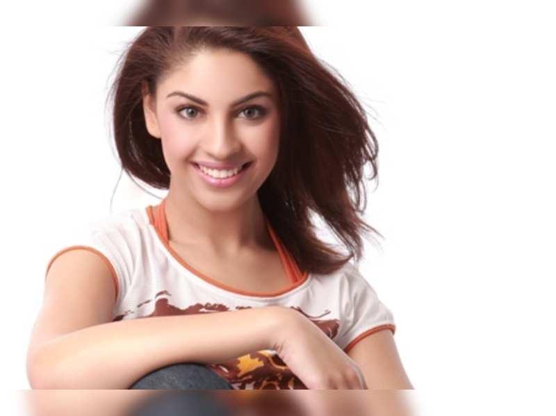 Simbu and Dhanush are musically talented: Richa