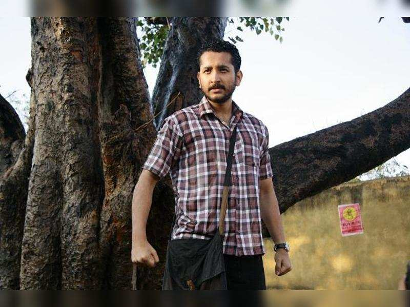 Mother says Parambrata in Proloy looks exactly like Barun Biswas