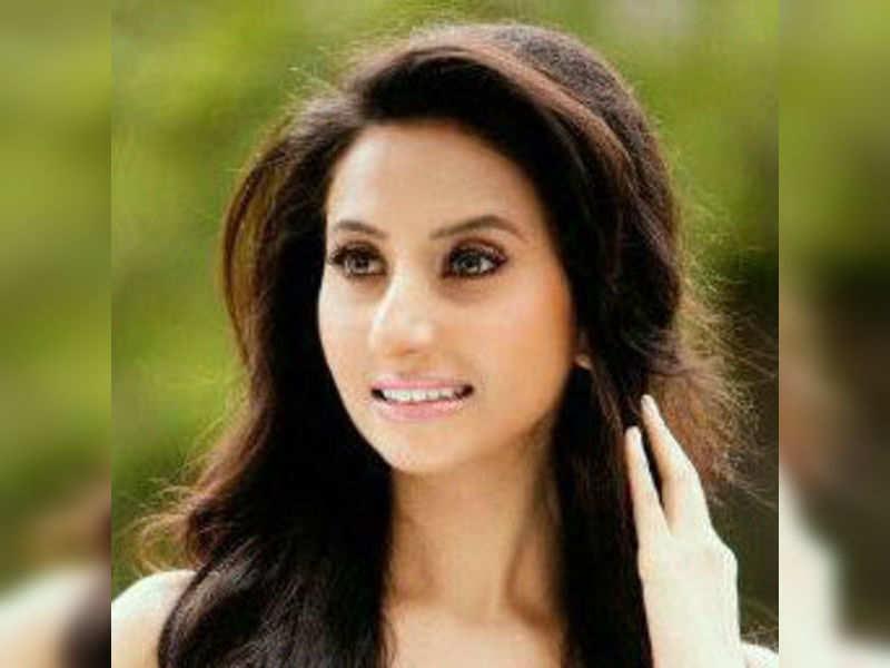 Nehaa Mehta to make Bollywood debut