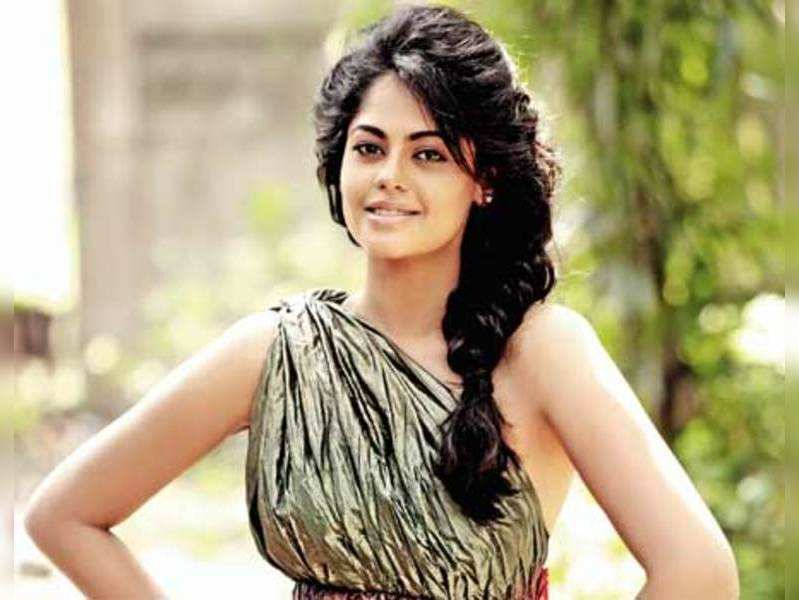 Bindhu Madhavi happy in Tamil cinema